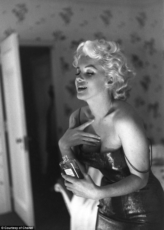MumptyStyle Marilyn Chanel