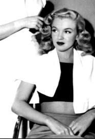 MumptyStyle Marilyn hair