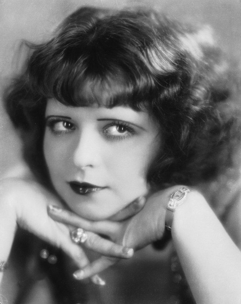 MumptyStyle Clara Bow