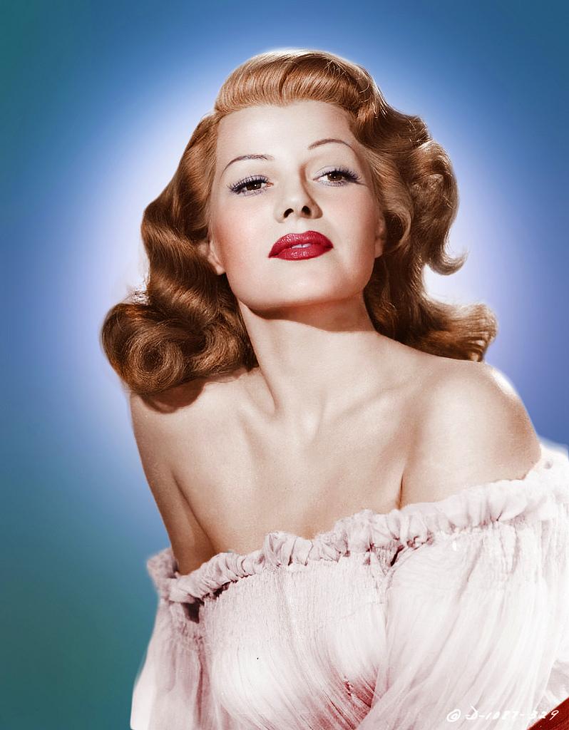 MumptyStyle Rita Hayworth