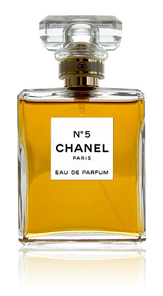 MumptyStyle Chanel No. 5
