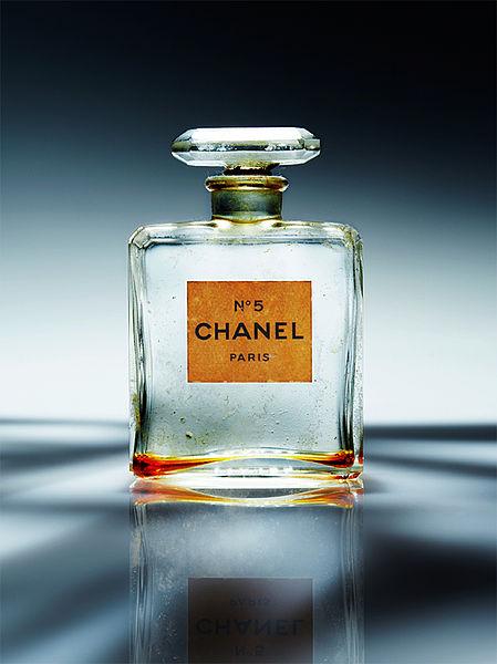 MumptyStyle Chanel No. 5