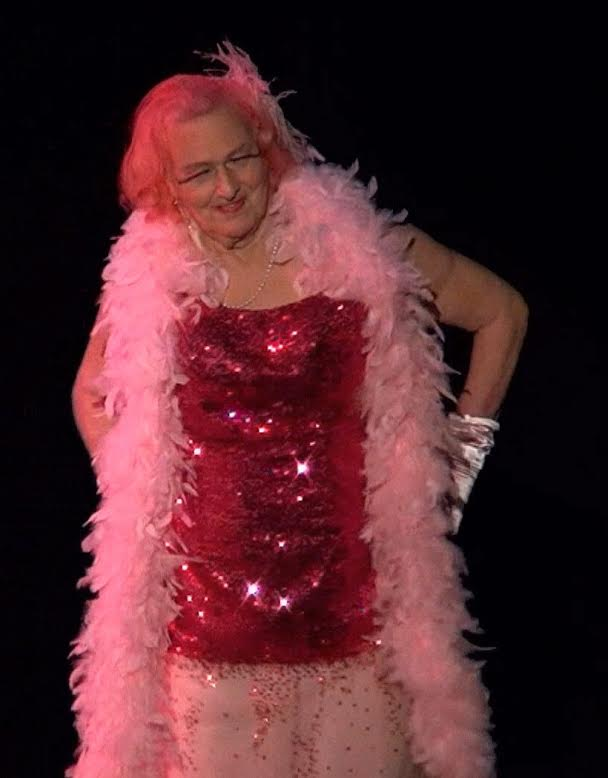 The Grand Dame of New Zealand burlesque