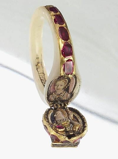 MumptyStyle Elizabeth 1 ring