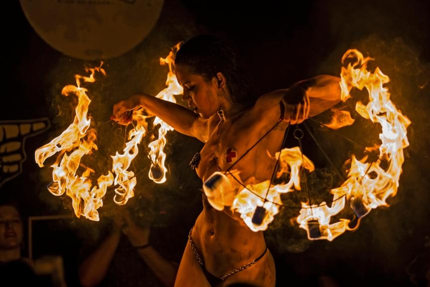 MumptyStyle Miss Anthropy Fire Siren