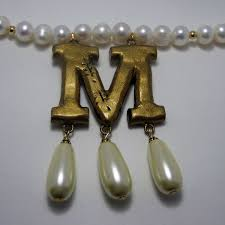 MumptyStyle M Boleyn necklace