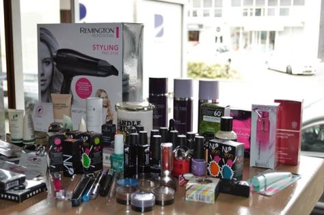 MumptyStyle MUO Giveaways