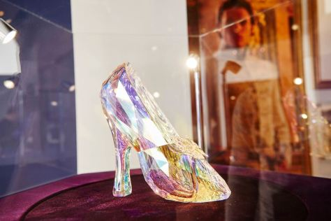 Swarovski-Glass-Slipper