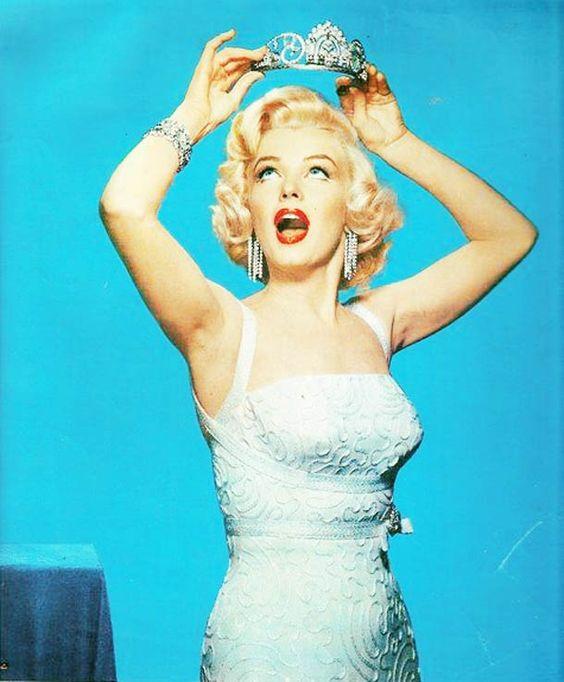 Marilyn_crown